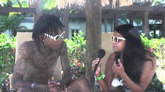 "Wiz Khalifa Talks KK Kush ""I Get It Grown For Me"""