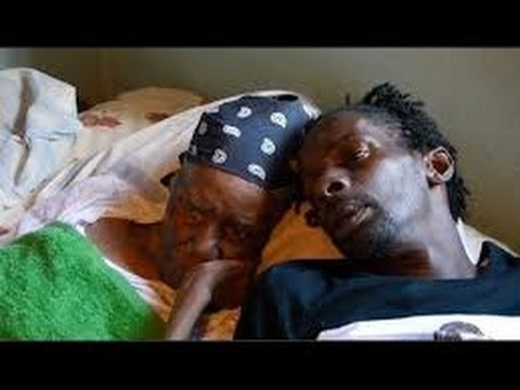 Gully Bop breaks down in tears While visiting his sick Mom