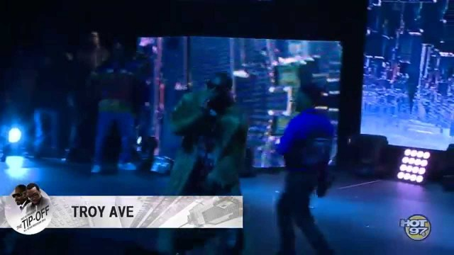 Diddy & Snoop Shut Down NYC w/ Dr. Dre, Kanye West, Nas, Lil Kim, The Lox and more