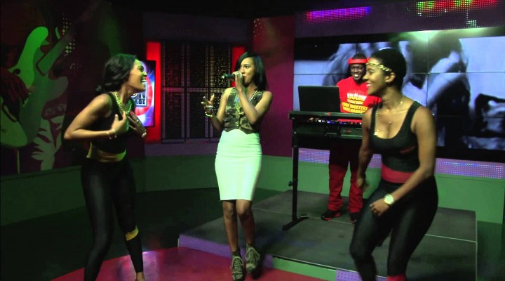 Vanessa Bling Performs Her Hits on Onstage Tv